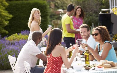 Summer Party Planning in 4 Easy Steps
